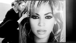 'Pessoa mais inspiradora', diz Adele sobre Beyoncé após 'Lemonade'