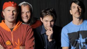 Red Hot Chili Peppers divulga a inédita