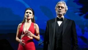 Paula nega falha com Bocelli:
