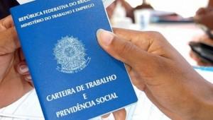 Ribeirão Preto e região contratam professores e outros 42 profissionais