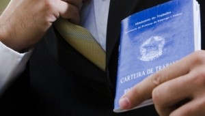 Região de Ribeirão contrata professor, psicólogo, farmacêutico e mais 55