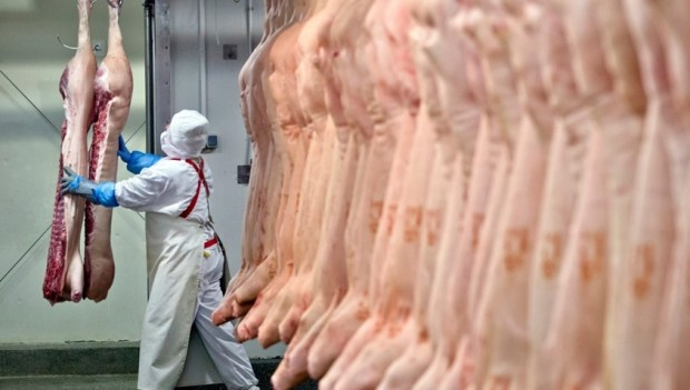 Governos internacionais suspendem compra de carne brasileira