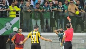 O Comitê e Disciplina da Conmebol denunciou o Palmeiras
