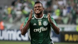 Palmeiras procura centroavante
