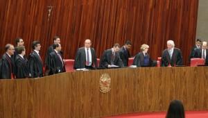 Resultado do TSE mantém Temer no poder e Dilma com direitos