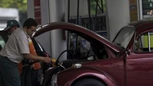 Preço da gasolina pode aumentar em R$ 0,41
