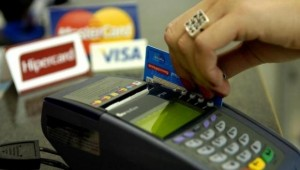 Juros do cartão de crédito registram maior nível