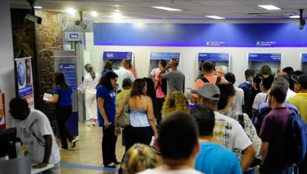 24 milhões de brasileiros já sacaram FGTS; prazo acaba em 31 de julho