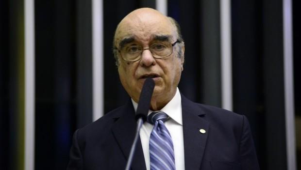 José Bonifácio defende barrar denúncia contra Temer