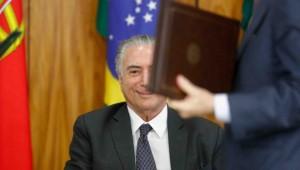 Planalto continua negociando votos para escapar de 2ª denúncia